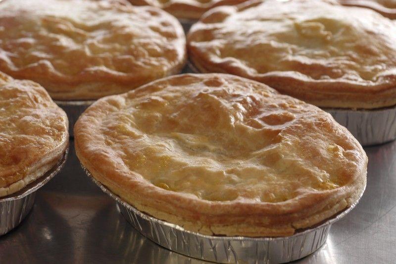 Steak and Ale Pie Large - The Pie Shop, Online butcher ...
