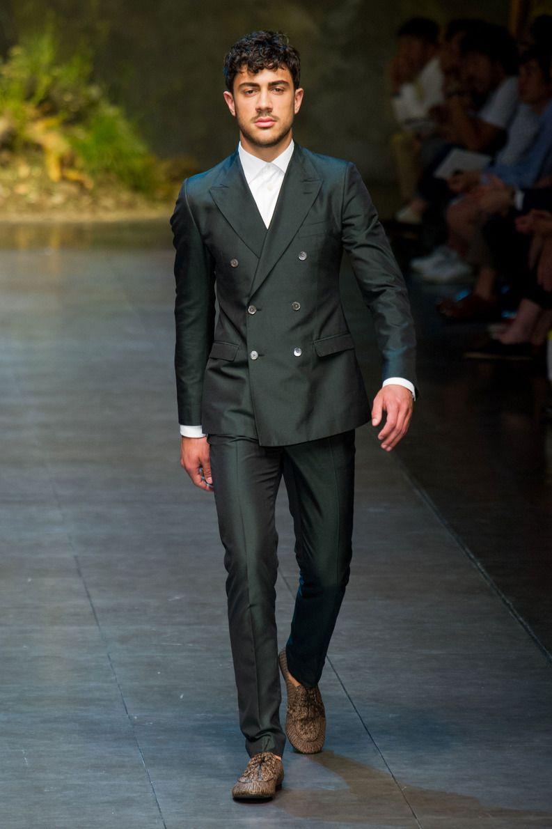 1de2043e30f2 Défilé Dolce   Gabbana Homme Printemps-été 2014 Milan