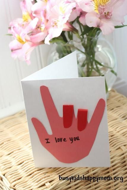 "Turn a trace of your child's hand into a sign language ""I love you\"" card. // 17 Easy Emergency Mother's Day Crafts For Kids"