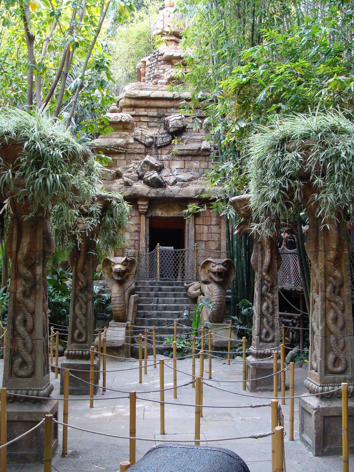 Indiana Jones Ride Disneyland Ca Disneyland The Original