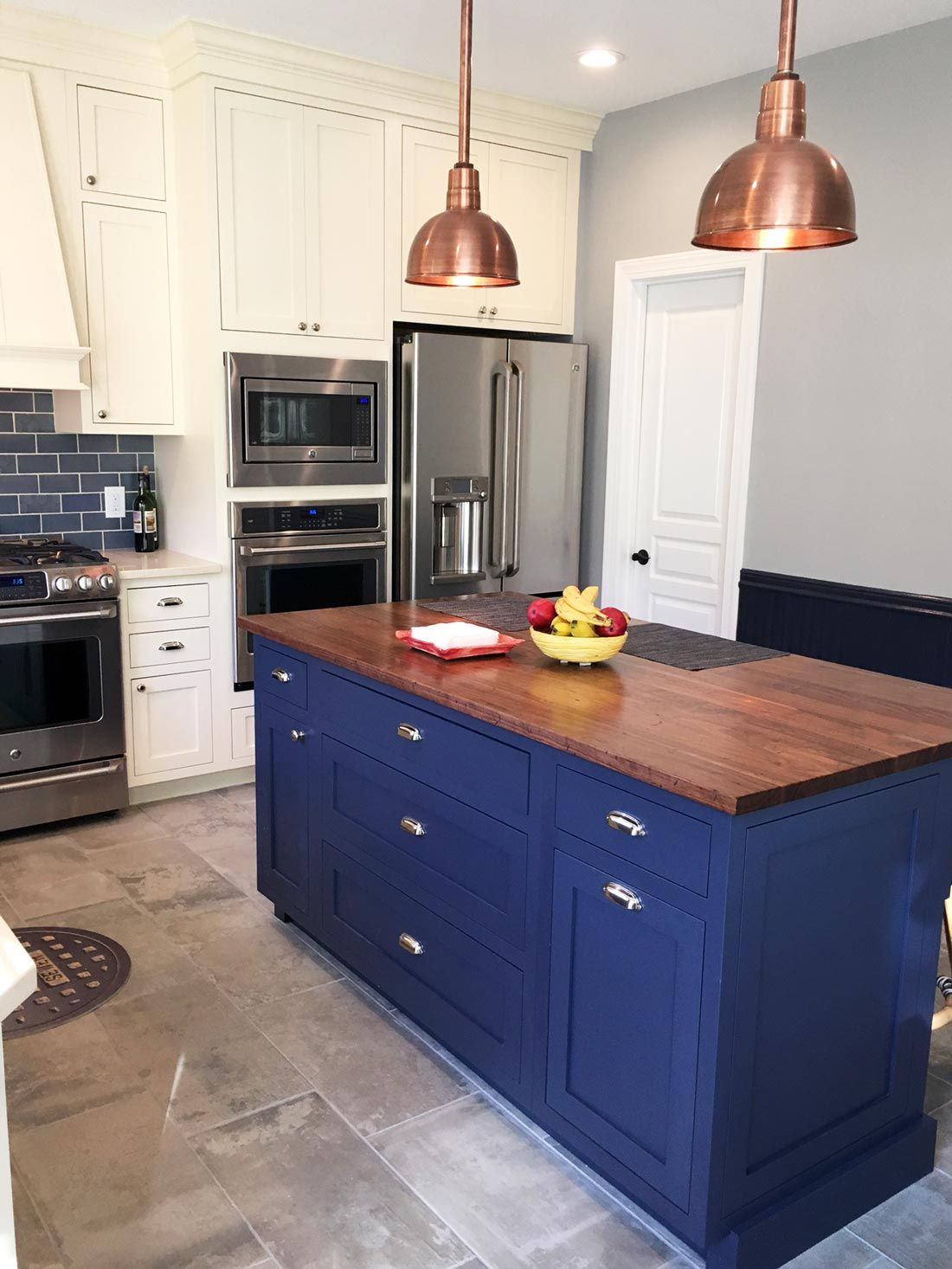Blue And Copper Subway Tile Kitchen With Images Kitchen Tiles