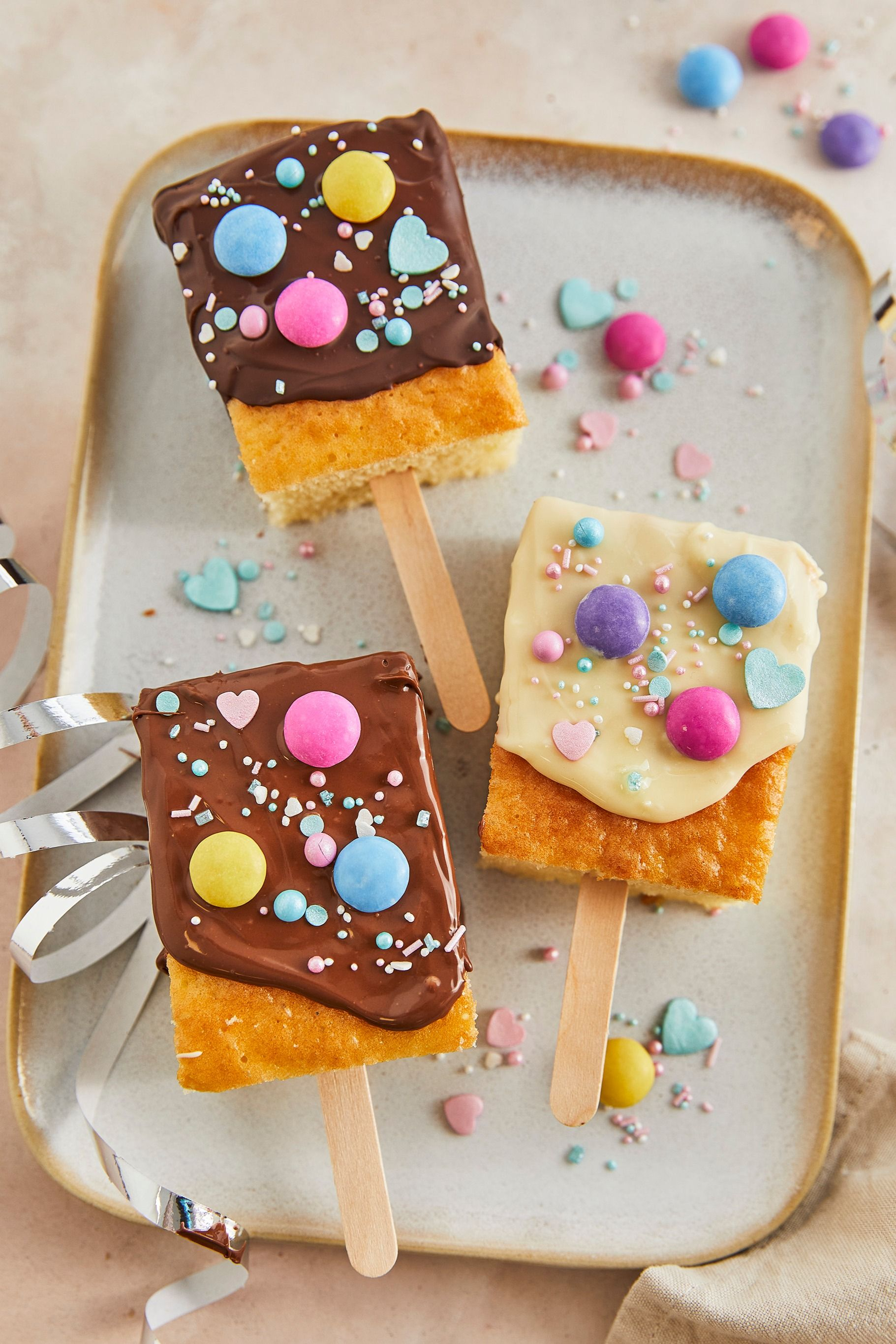 Kuchen am Stiel - einfaches Kindergeburtstags-Rezept