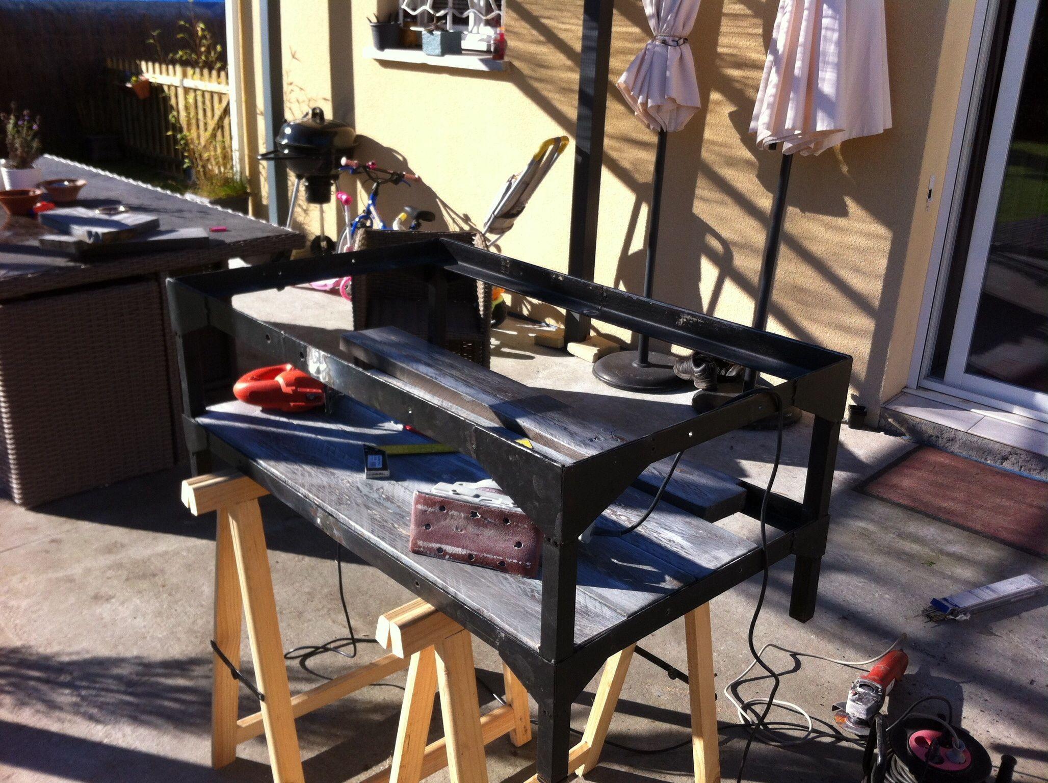 L 39 atelier de fabrication table industrielle en plein air mobilier industriel del crapou - Table atelier industriel ...