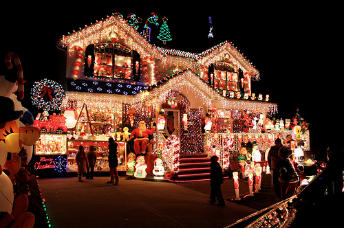 Stunning Dressed Up Christmas House