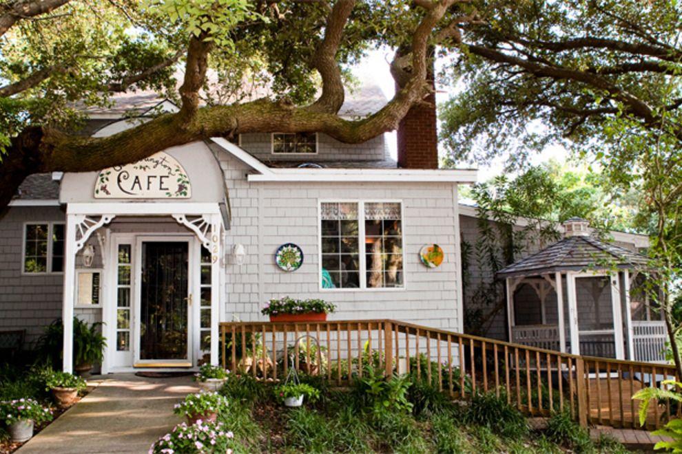 The Colington Café: Outer Banks Restaurants Review - 10Best Experts and Tourist Reviews