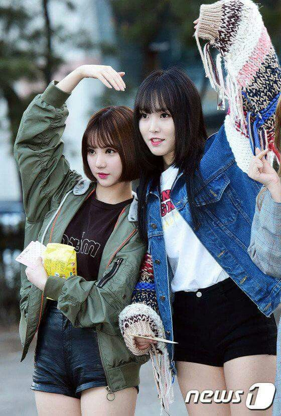 Yuju and eunha 😍😍😍