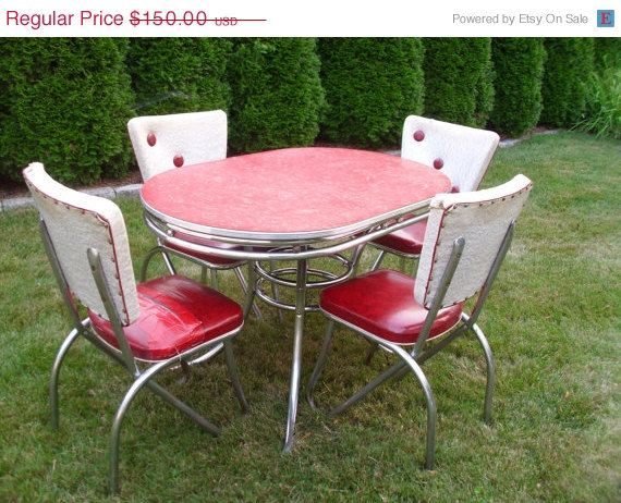 On Sale Vintage 1950 S Kitchen Table Chairs By 4theloveofvintage 127 50 Vintage Kitchen Table Retro Kitchen Tables Vintage Kitchen