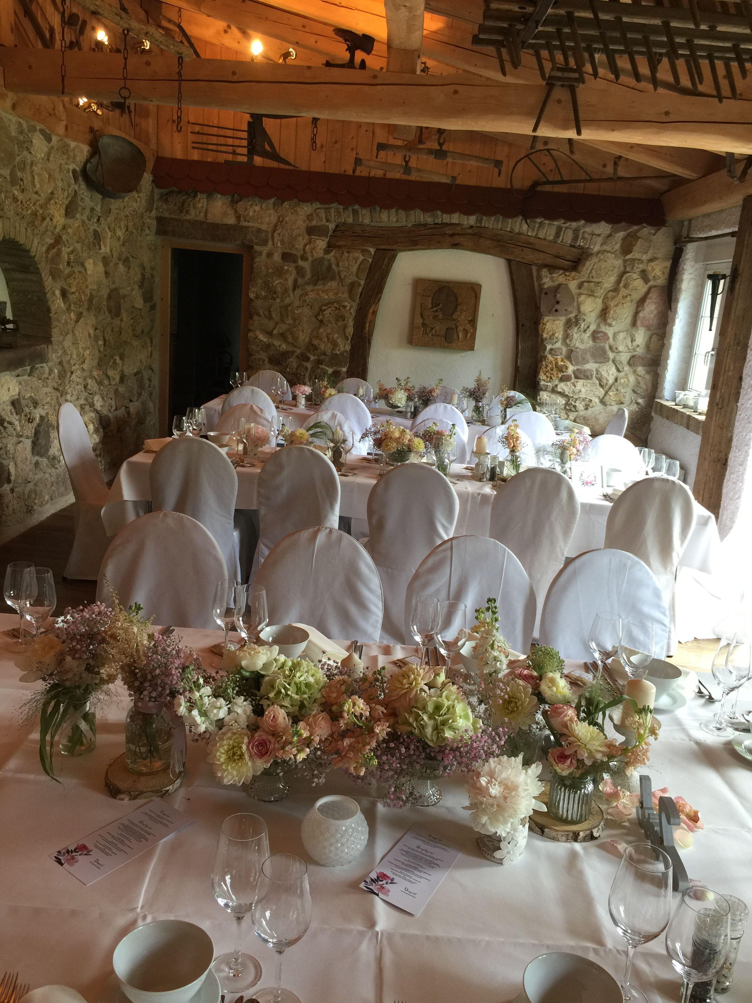 Hochzeit Vintage Stil Tischdeko Pfirsich Tischdecke Schleierkraut