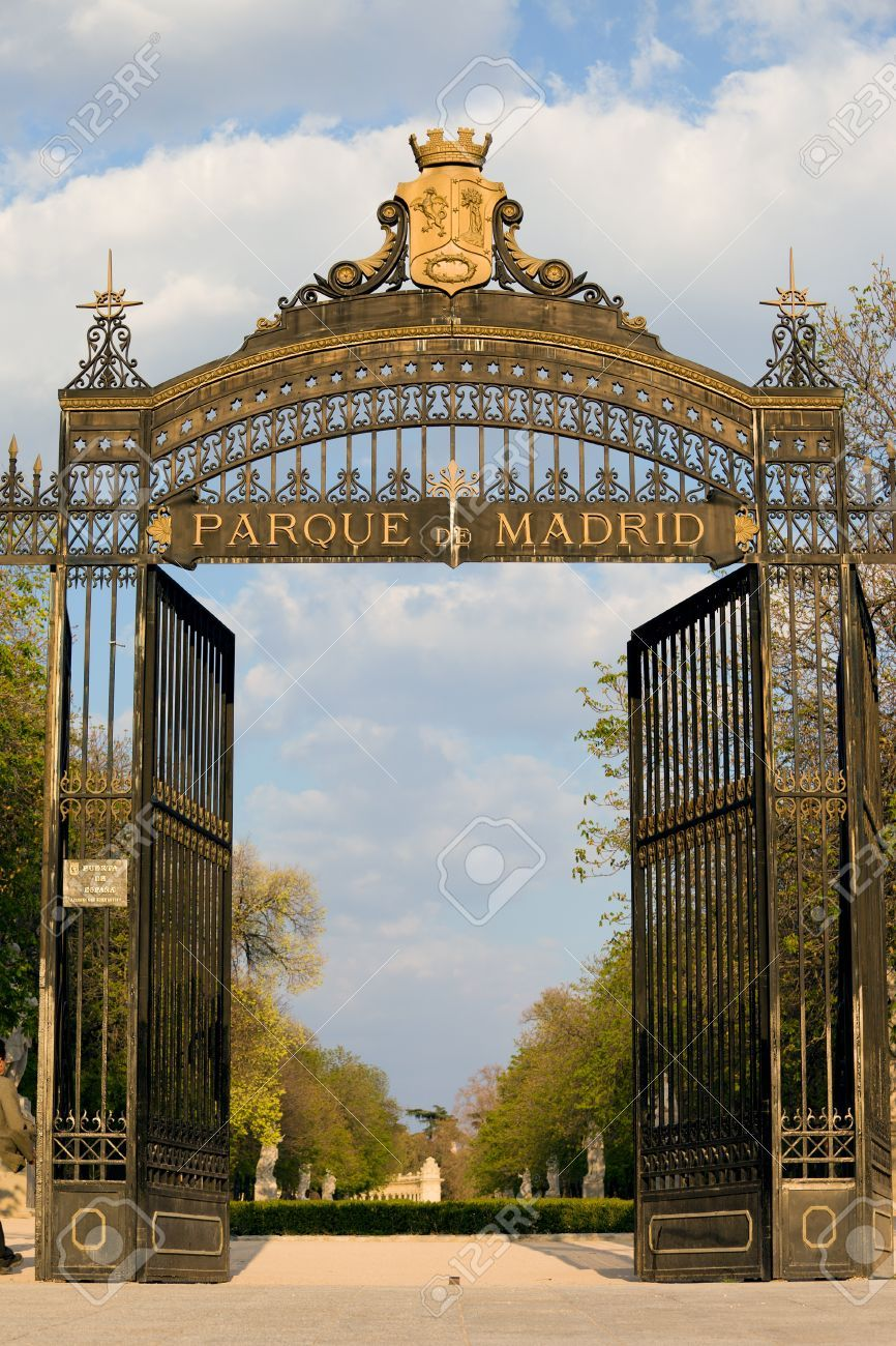 Image result for el retiro park madrid - spain entrance
