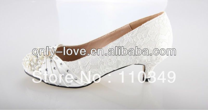 BS668 Custom Make Large Size Ivory Low Heel 5cm Lace Bridal Wedding Shoes  On AliExpress.