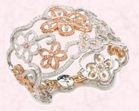 Couture Dentelle Bracelet with diamonds and from Van Cleef & Arpels.