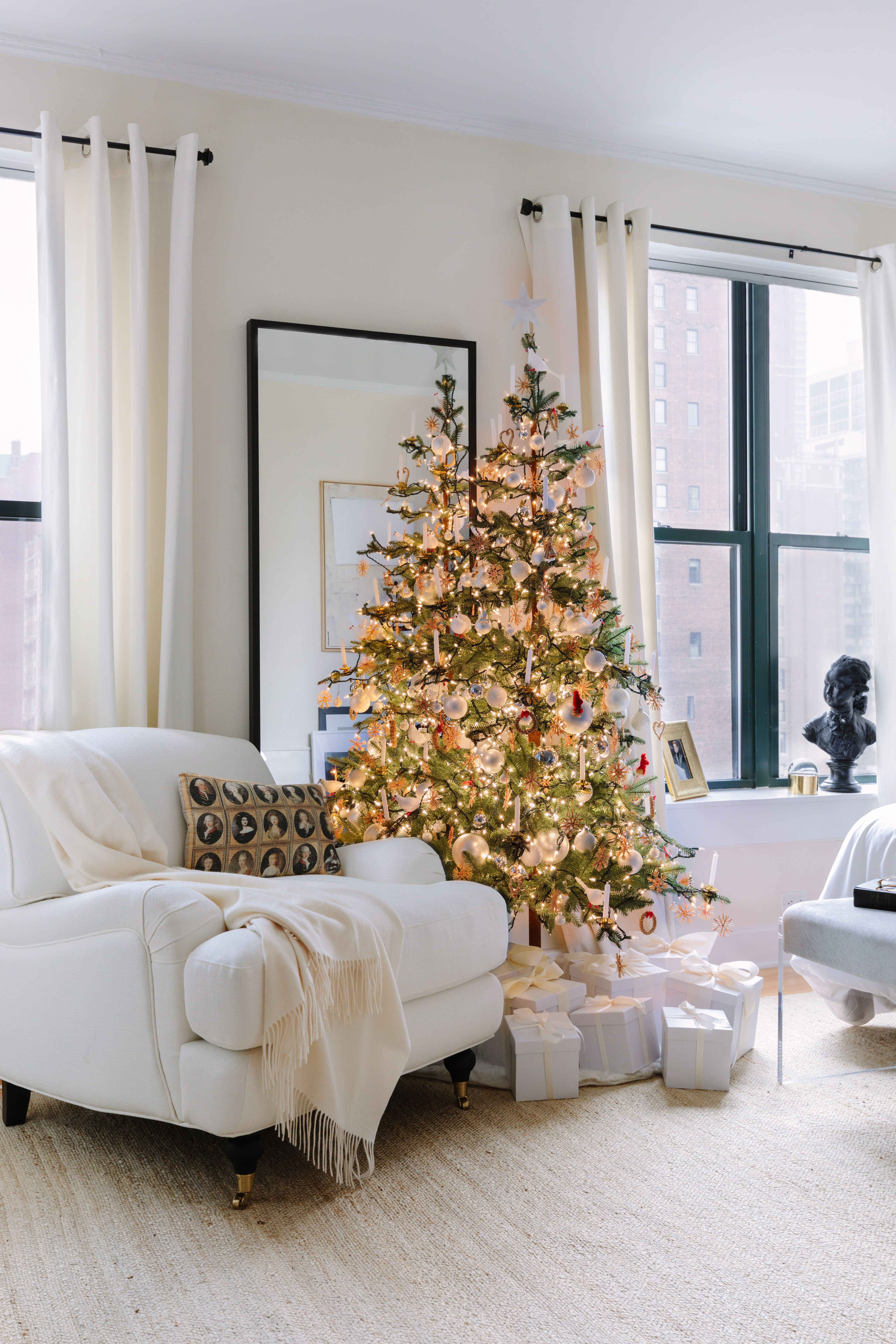 This interior designer goes all out for the holidays  take  look inside his home also josh young holiday decorating tips chicago apartment tour rh pinterest