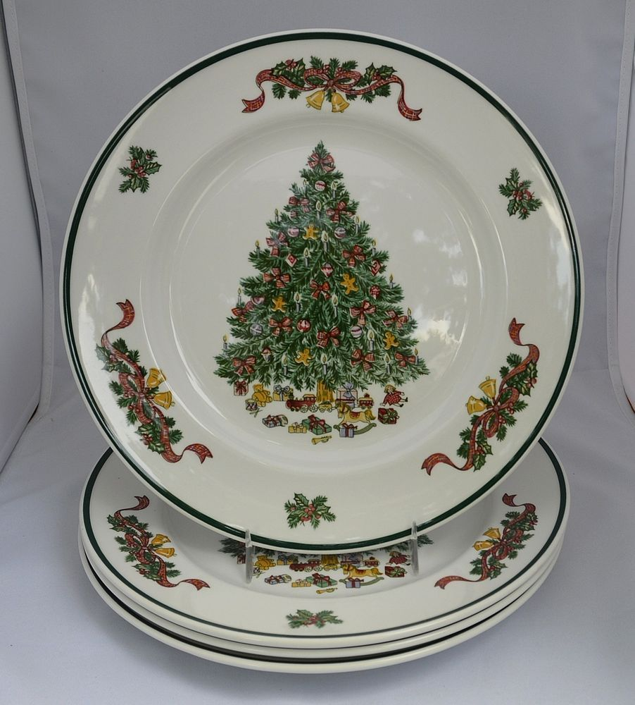 JOHNSON BROTHERS VICTORIAN CHRISTMAS - SET OF 4 DINNER PLATES ...