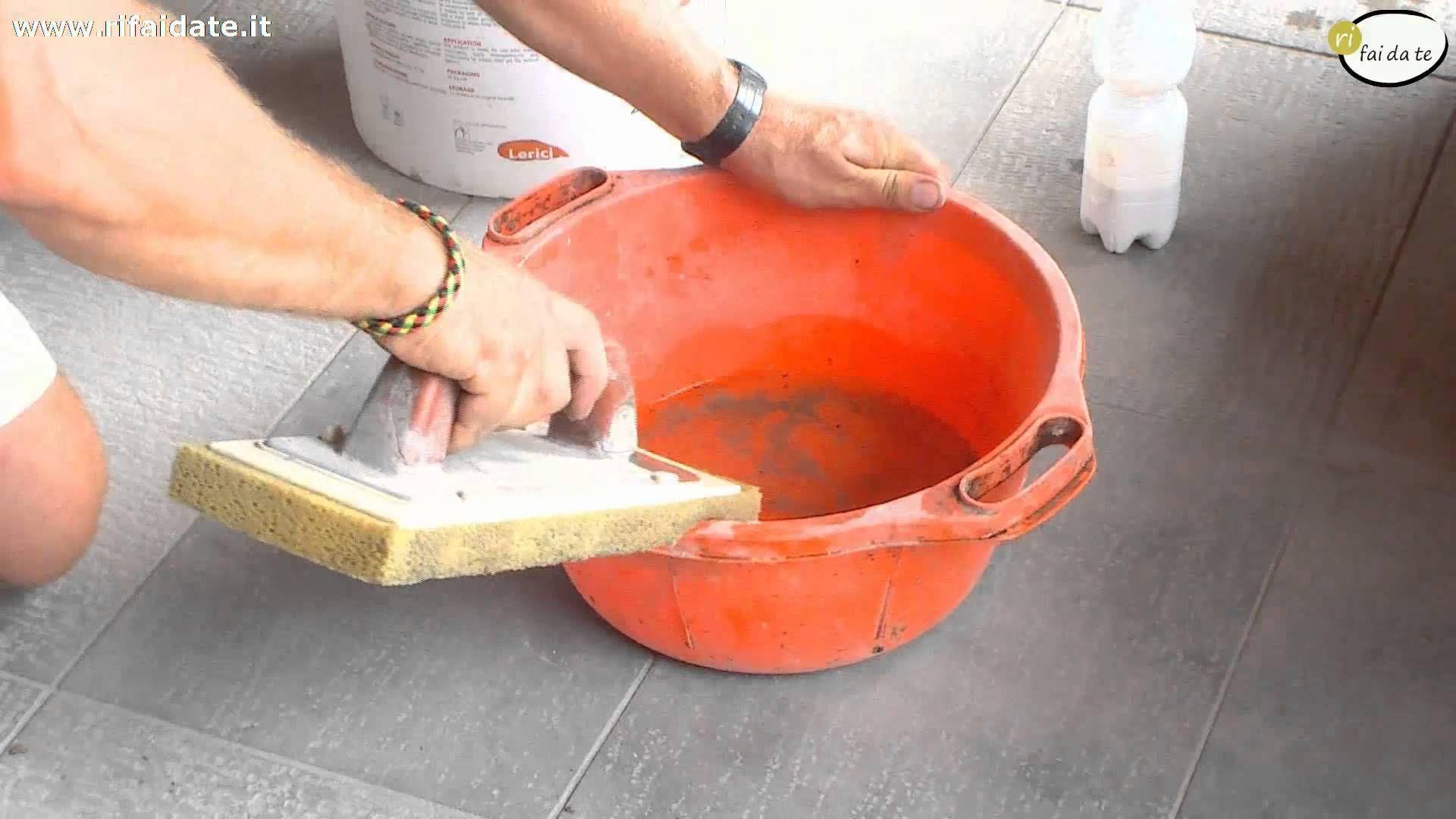 Come rinnovare le fughe tra le piastrelle dipingere la casa