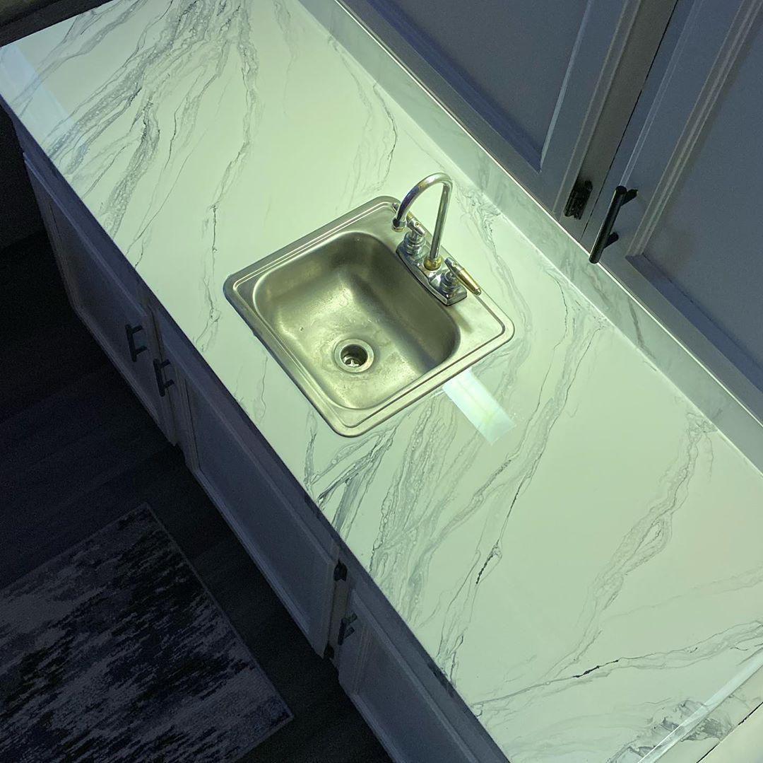 Pin De Andre Ogliari Em Bancada De Porcelanato Em 2020 Bancada