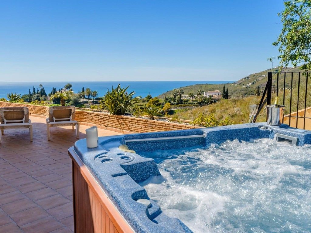 Mira Hot Tubs Until Satisfied : Relax In The Mira Hot Tubs   Hot ...