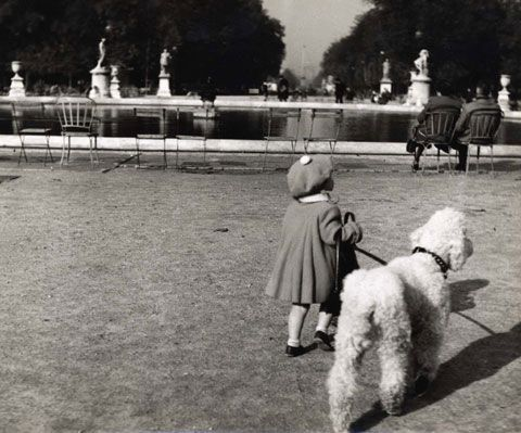 Jardin des Tuileries, 1953 (c) Dorothy Bohm