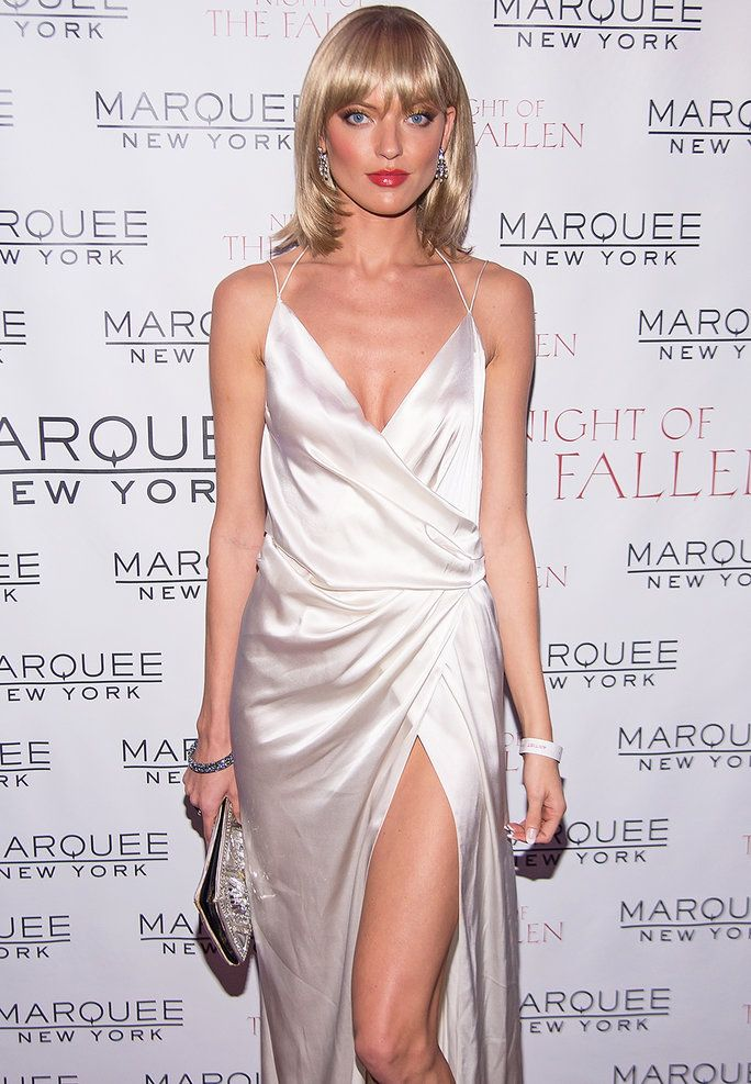 dd2ae9bbf3 Martha Hunt Dresses as Michelle Pfeiffer in Scarface and the Results ...
