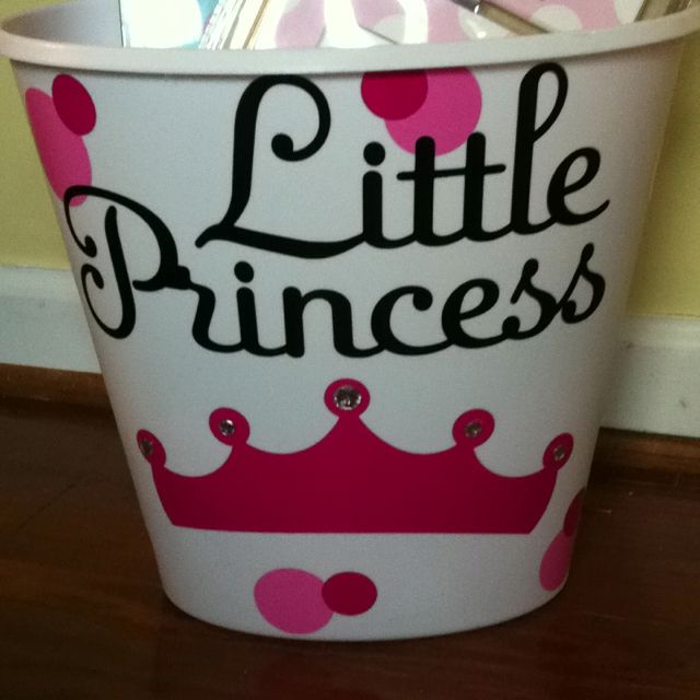 Baby Gift Ideas Using Cricut : Cute baby shower gift vinyl covered trash can using the