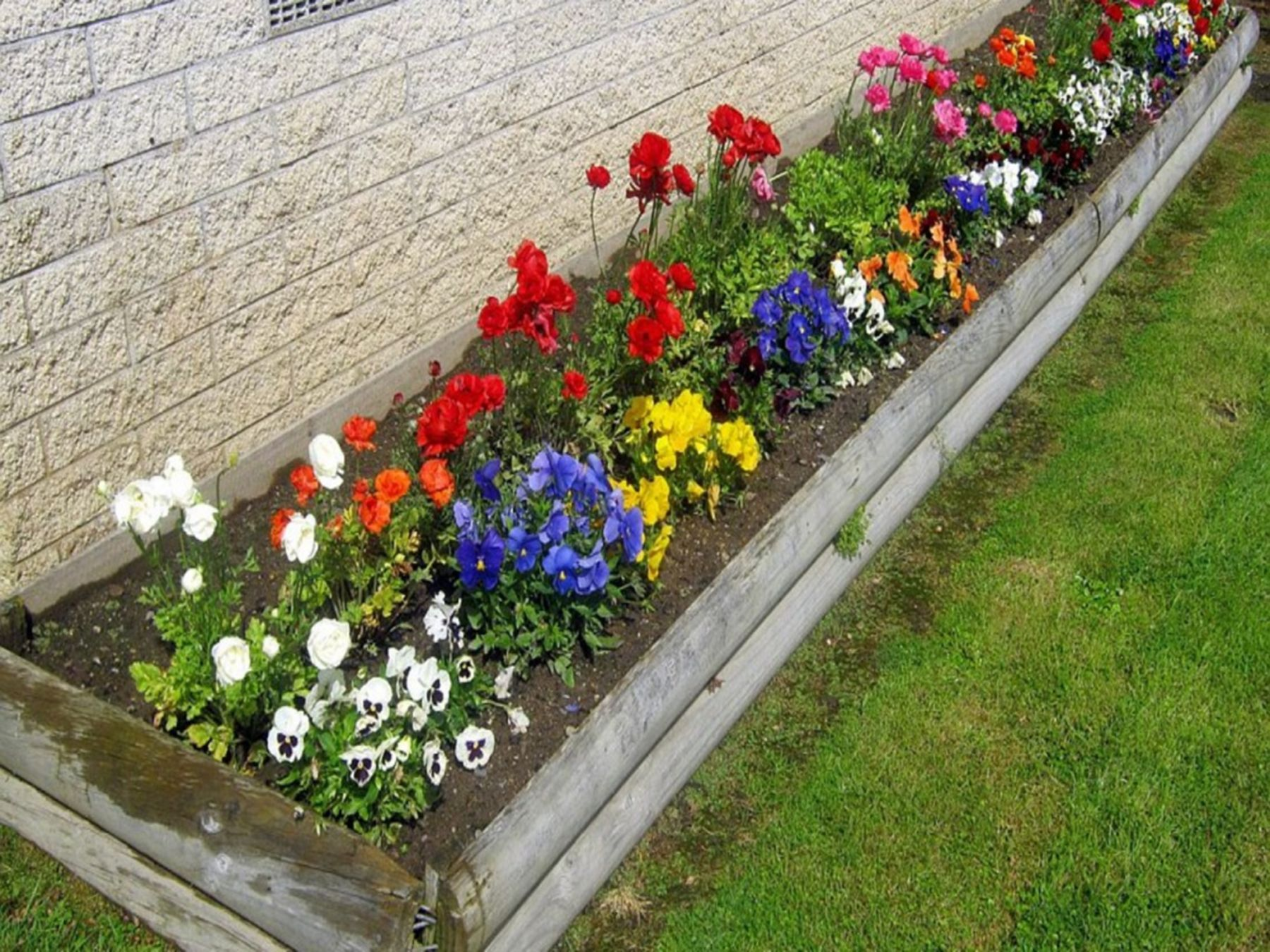 20 Beautiful Flower Bed Garden Design Ideas For Your Home