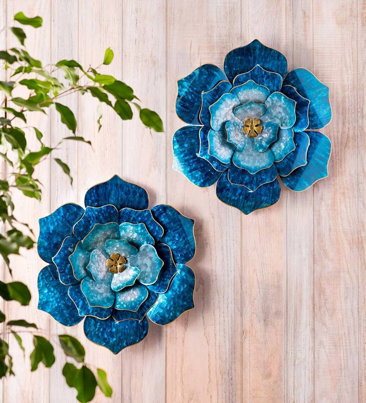 Our Handcrafted Blue Metal Flower Wall Art Adds A Splash Of Color To Any Indoor Or Outdoor Wall Or Eve Metal Flower Wall Decor Metal Flowers Flower Wall Decor