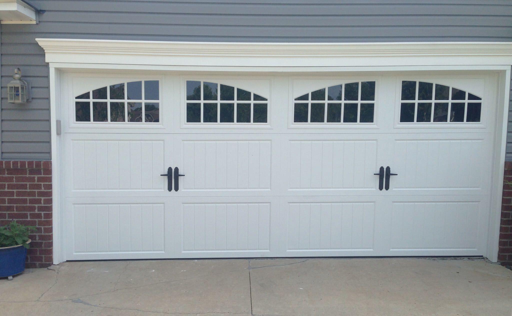Amarr Classica Cortona With Seine Windows Garage Door Styles Garage Doors Garage Door Types