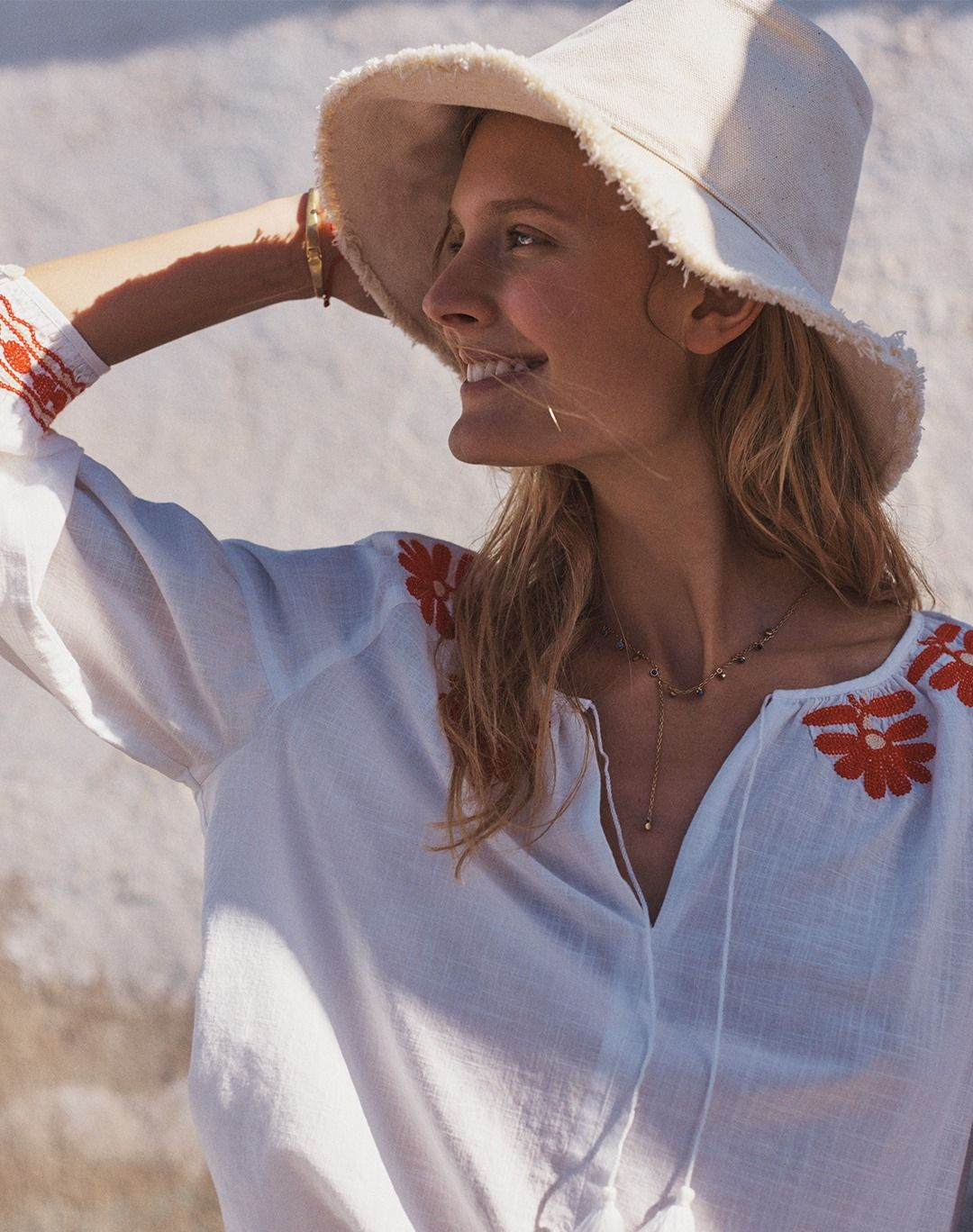 43467d3b9e madewell embroidered blanca top worn with the canvas bucket hat ...