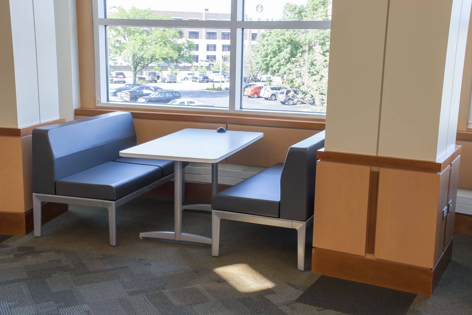 LFI Installation Of Cafe Style Seating