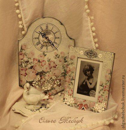 """Комплект """"Цветы Парижа"""" - белый,вешалка для украшений,часы настенные,фоторамка"""