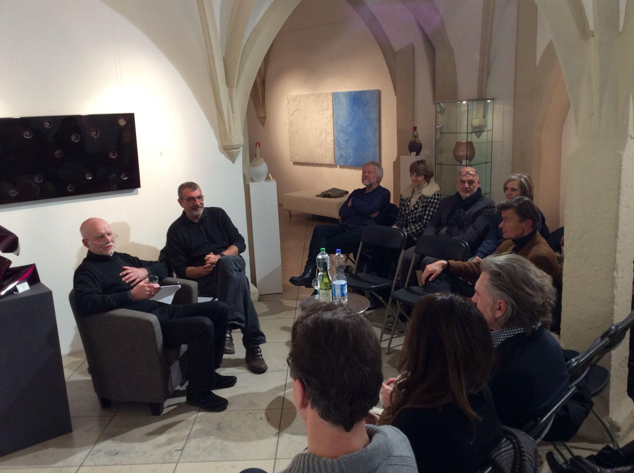 """Peter Nowotny zum Start der Veranstaltungsreihe """"Künstler erklärt Künstler"""" – Thema war natürlich Willi Siber und die Werke der aktuellen Ausstellung in unserer Galerie"""