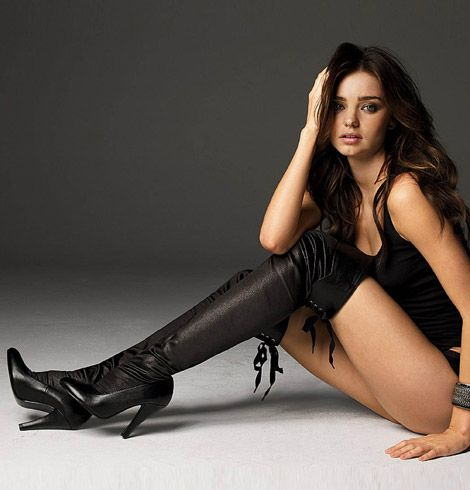 MIRANDA KERR IN SMOKING HOT BOOTS ! - Bikini Celebrities - Zimbio ...