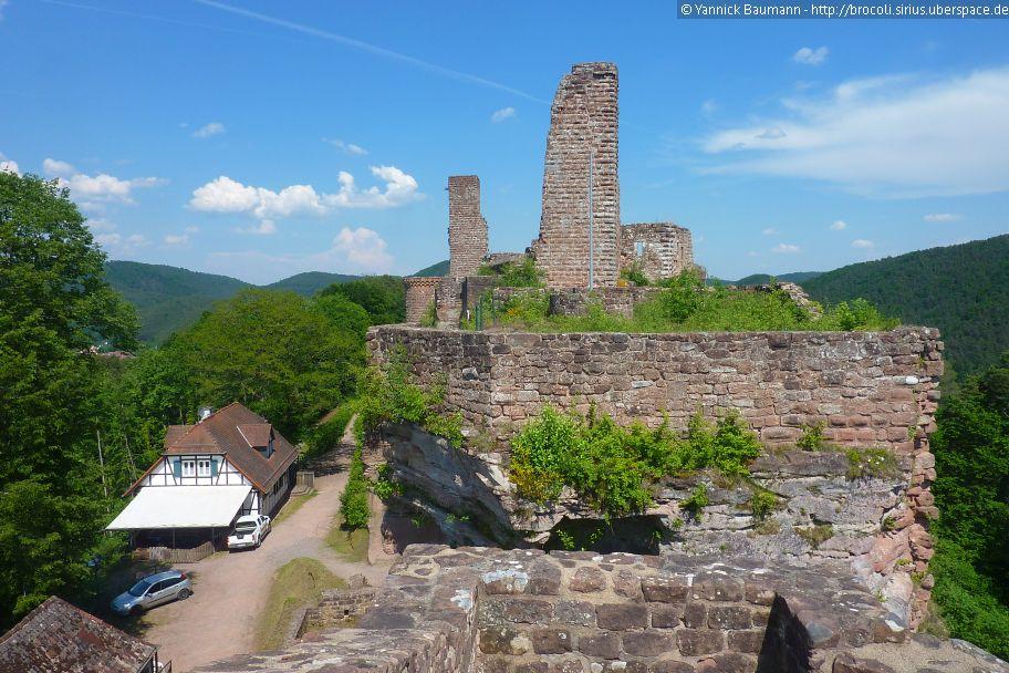 Blick Von Tanstein Auf Grafendahn Und Altdahn 2017 In 2020 Burg Urlaub Ruinen
