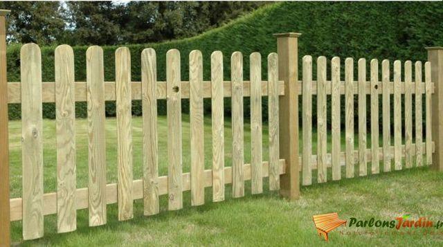 cette gamme vous permettra de dresser une clture dcorative dans votre jardin - Barriere En Bois Exterieur
