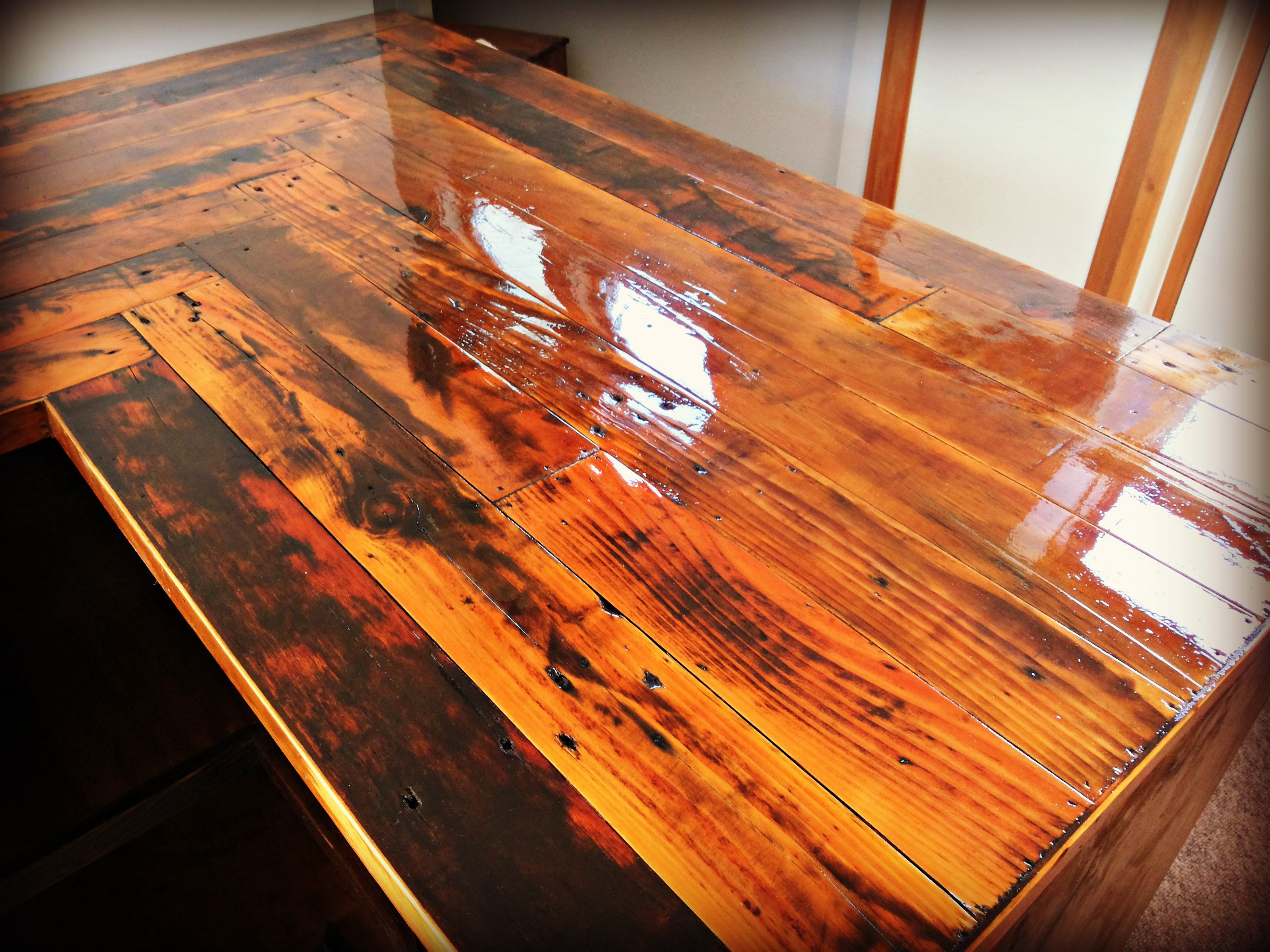 Kitchen Countertop Made With Reclaimed Pallet Wood