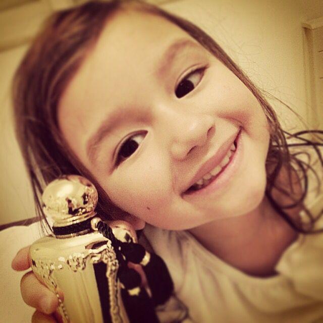 Parfums de Marly perfume selfie