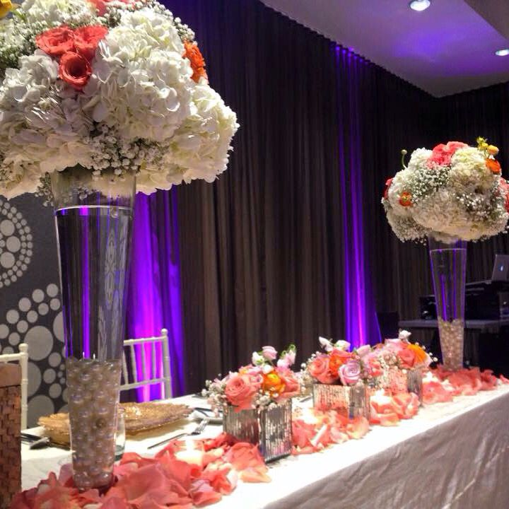 Cd Fls Bridal Table Centerpiece Made Of Hydrangea Ranunculus Roses Baby S