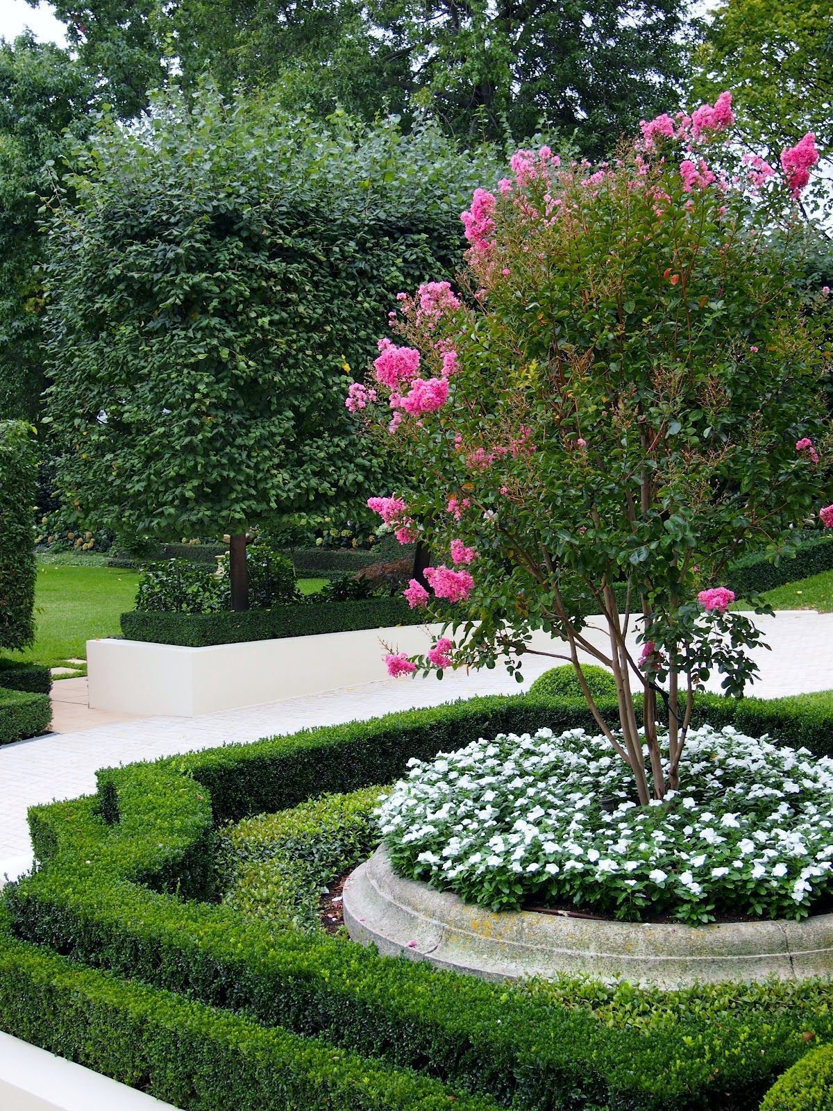 Garden Focal Point Ideas