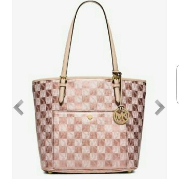Rose Gold Checkered Micheal Kors Purse Lightly Used Great Condition Michael Bags Shoulder