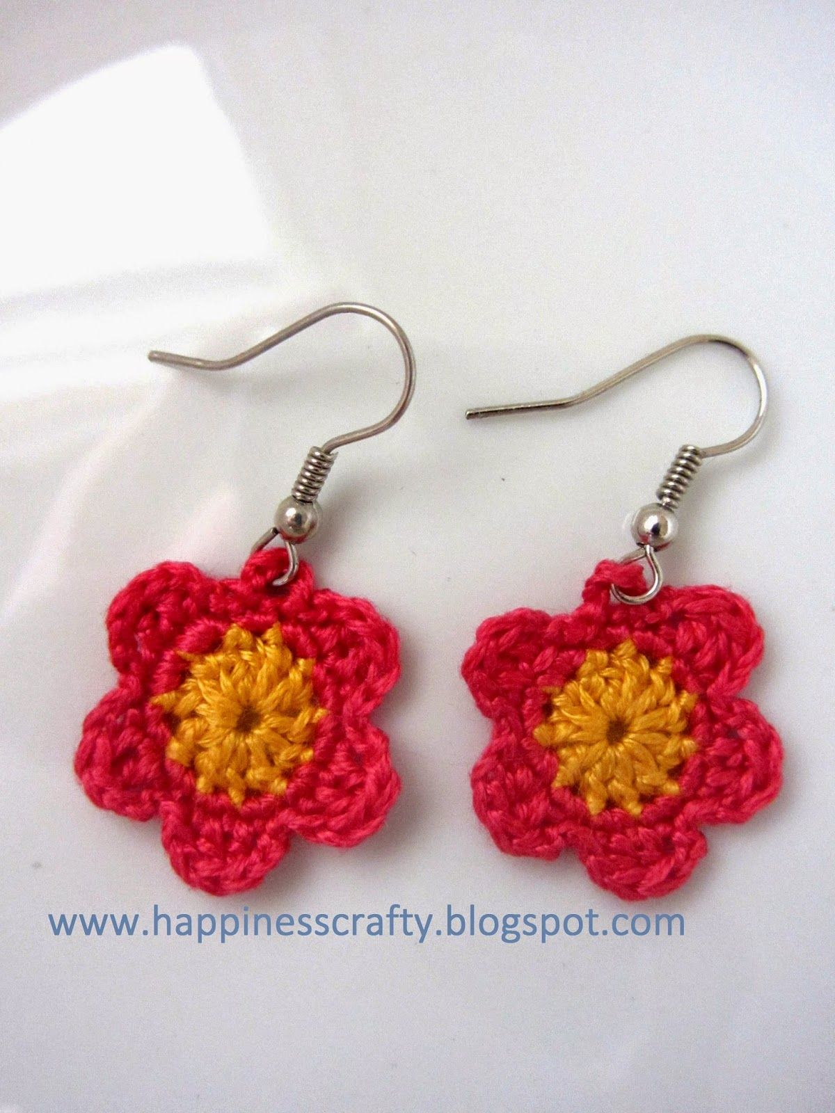 crochet flower earrings free pattern happiness crafty blumen h keln mamas kram und. Black Bedroom Furniture Sets. Home Design Ideas