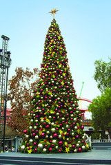 Giant Christmas Trees Commercial Christmas Decorations Outdoor Christmas Decorations Outdoor Christmas Lights