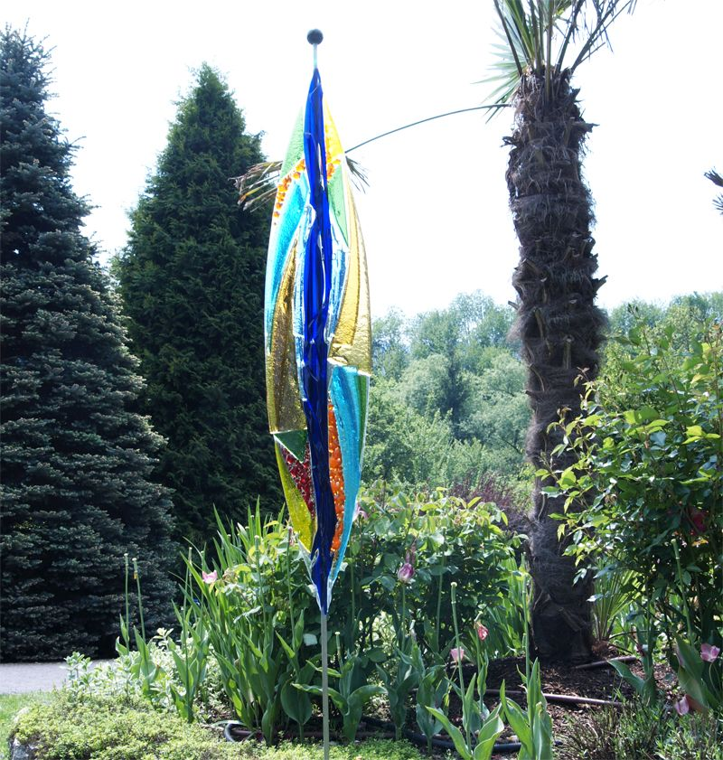 Glasdeko im Garten