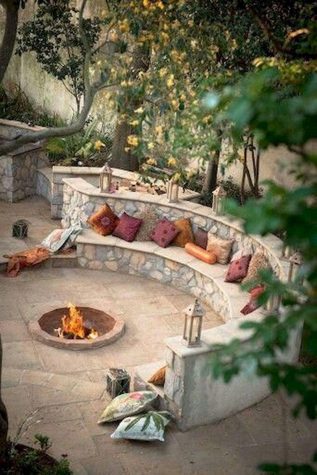 70 Ideen für eine einfache DIY-Feuerstelle im Freien und einen gemütlichen Sitzbereich