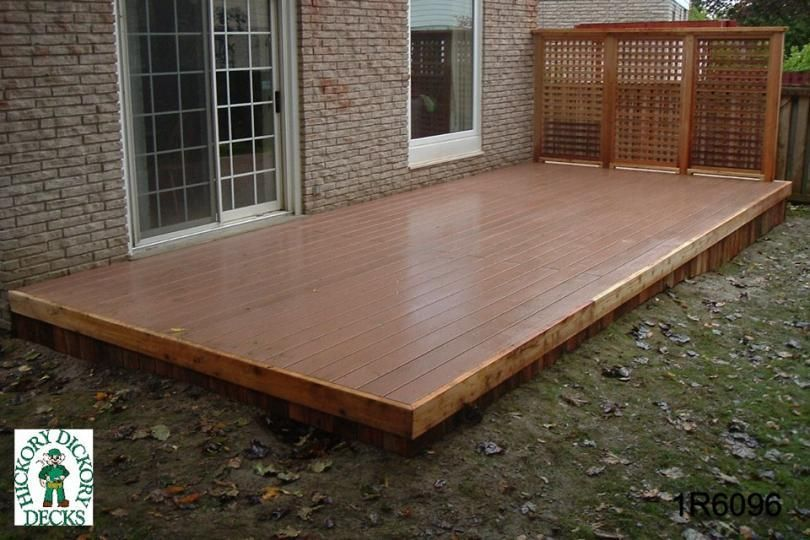 Low single level deck with a privacy screen 1r6096 for Outdoor deck privacy ideas