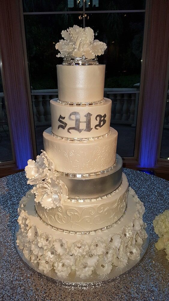Violet Wedding Cake Wedding Cake in Houston TX Wedding cakes