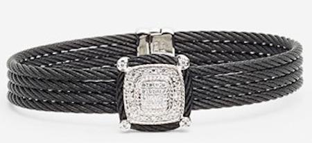'noir' station diamond bracelet http://rstyle.me/n/ibes5r9te