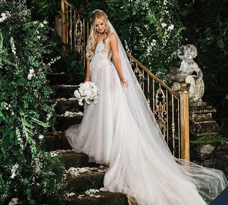 Lauren Burnham's Wedding Dress... 😍 In 2019
