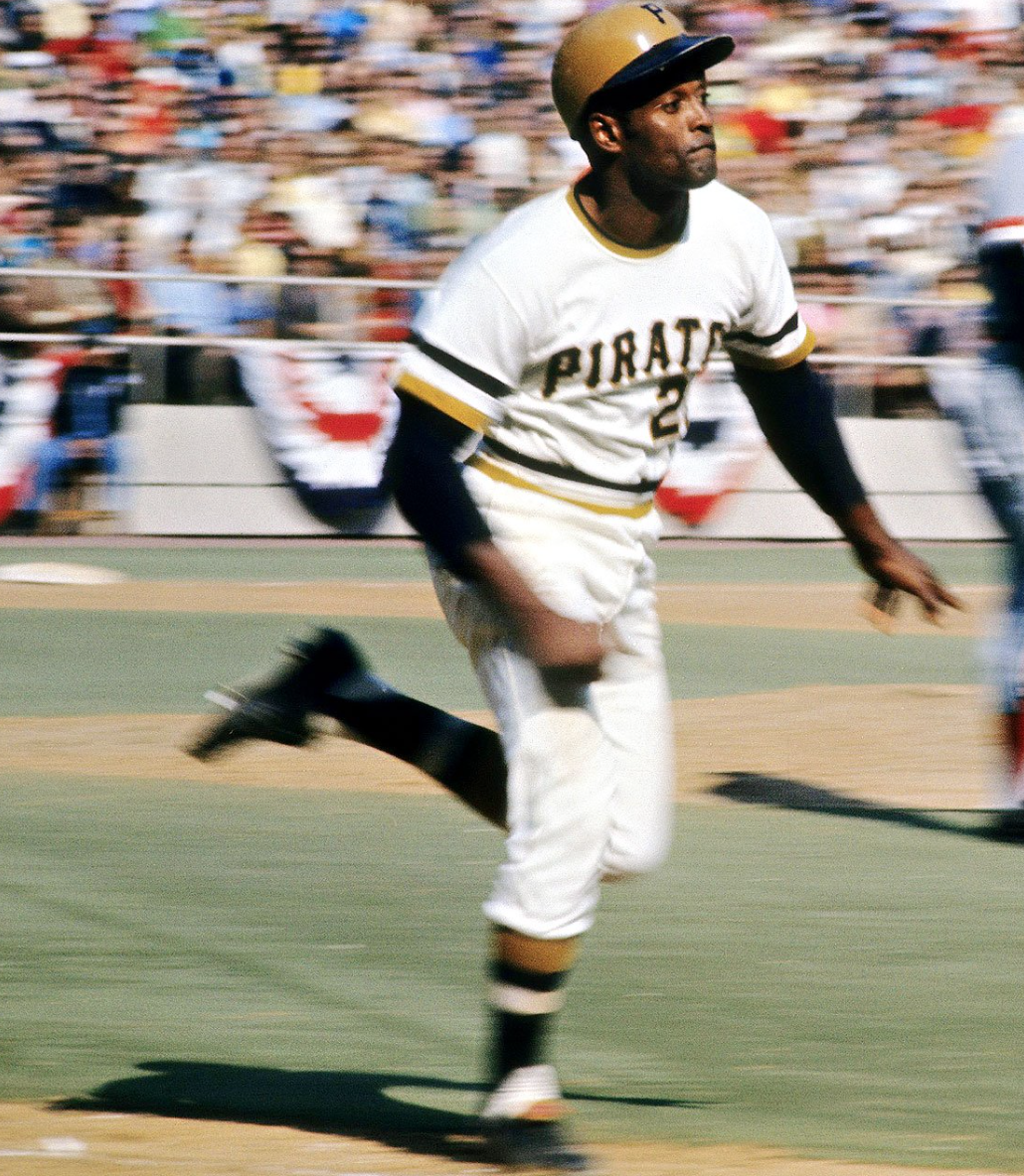 Pin By Jag On Clemente 21 Pittsburgh Sports Roberto Clemente Pirates Baseball