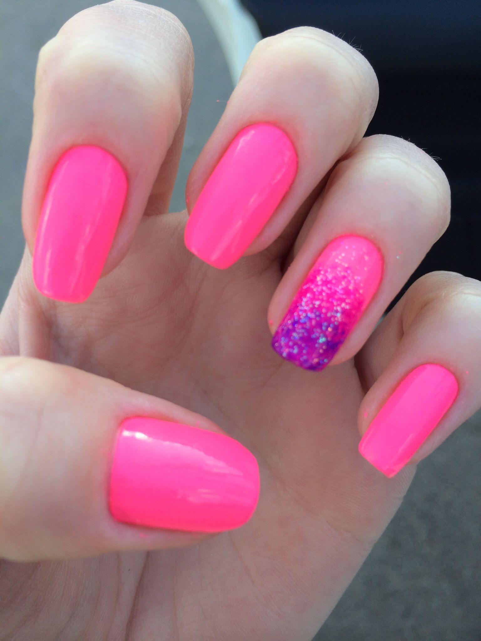 Filha única degradê #nails #unhas #rosa #neon #filhaunica #degrade | Unhas  decoradas, Unhas decoradas simples e lindas, Unhas