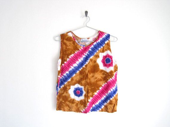 sale  vintage tie dye shirt // hippie tank top by helloambition