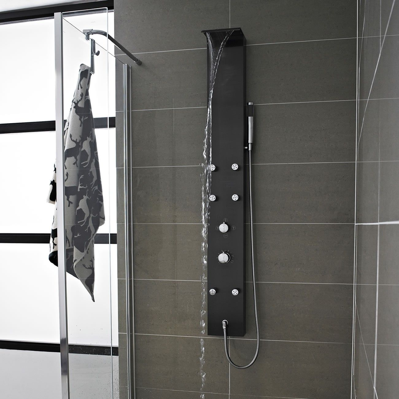 Mix Waterfall Shower Panel With 6 Body Jets Panels